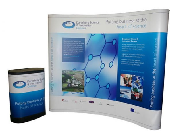 3x3 curved format pop up exhibition stand