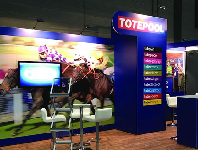 totepool_t3_display_stand_600 compass manchester